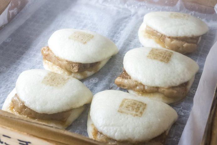 岩崎本舗の角煮バーガー