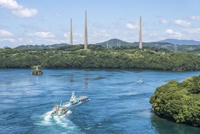 西海橋公園(長崎県西海市・佐世保市針尾)、新西海橋からの針尾無線塔