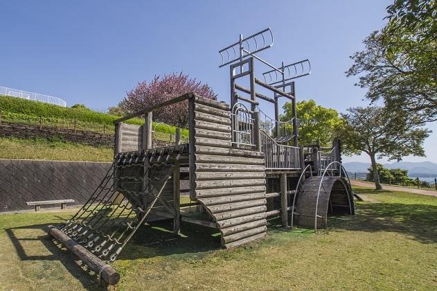 西海橋公園(長崎県西海市・佐世保市針尾)の複合遊具