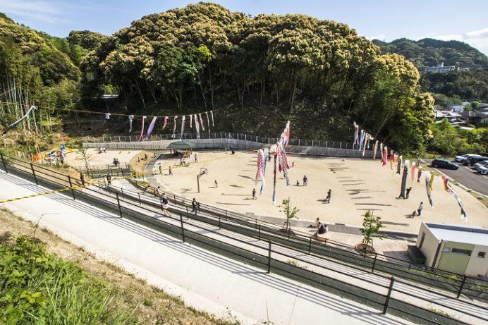 長崎街道中里ふれあい公園(長崎市中里町東長崎地区)、鯉のぼり
