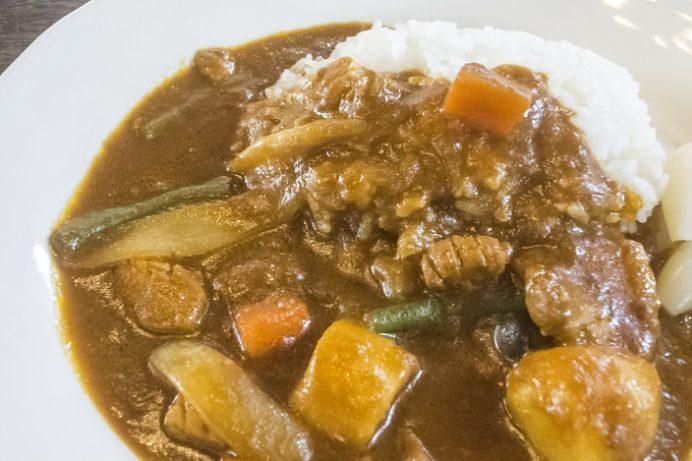 カレーハウス シェてつお(大村市草場町)の豚バラ野菜カレー