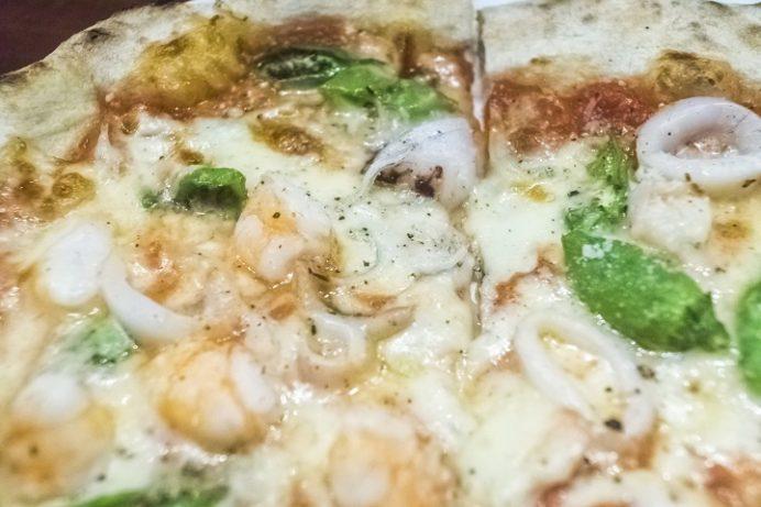 SASEBOピザ食堂(佐世保市浜田町)の魚介の喜多八ピザ