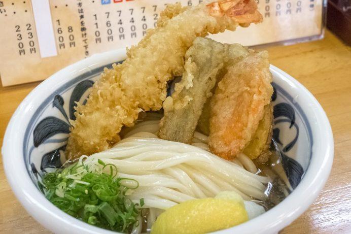 讃岐手打ちうどん かの家(かのか)、諫早市赤崎町の天ぷらぶっかけうどん
