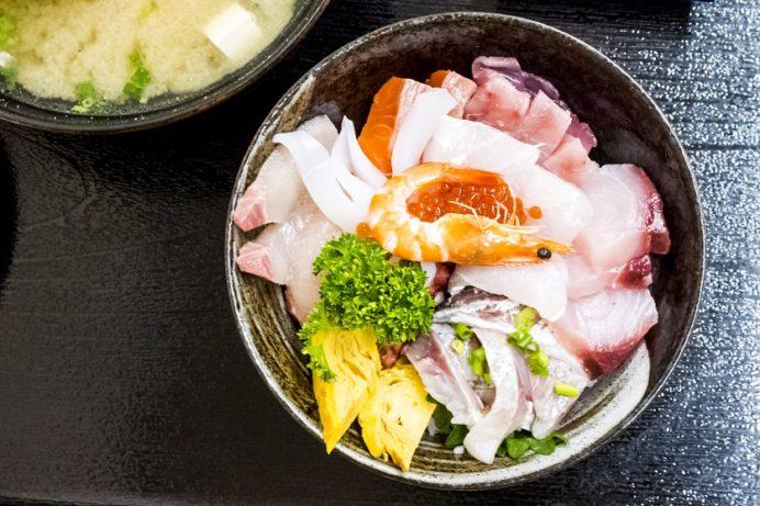 水産食堂(長崎市京泊)の海鮮丼