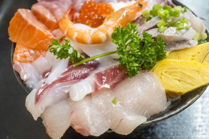 水産食堂(長崎市京泊)の特盛海鮮丼