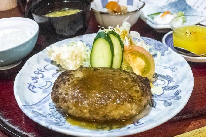 食事処 利(長崎市戸石町、東長崎地区)