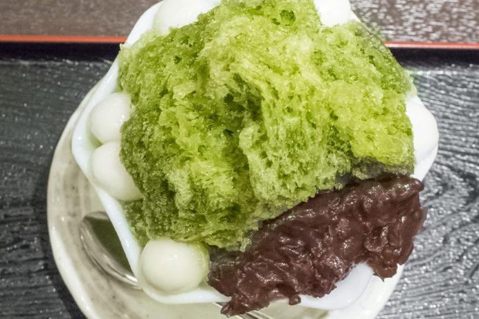 志らみず(白水堂のカフェ)長崎市油屋町のかき氷(宇治白玉金時)