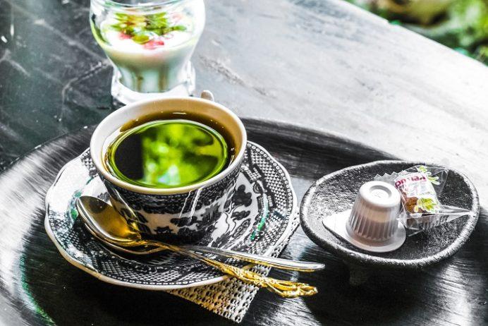 茶房&ギャラリー速魚川(はやめがわ)(島原市上の町、猪原金物店内)のコーヒー