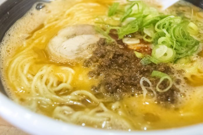 らーめん柊(銅座本店)、長崎市銅座町の担々麺