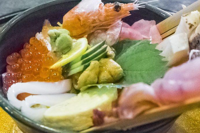 漁人市場とっとっと食堂(島原市湊新地町)、七宝丼(2,000円)