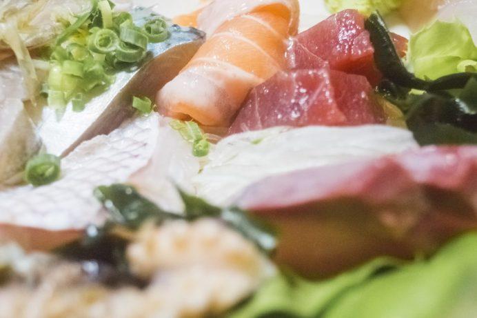 寿司・割烹 かつら(長崎市桜馬場、新大工地区)の刺身定食