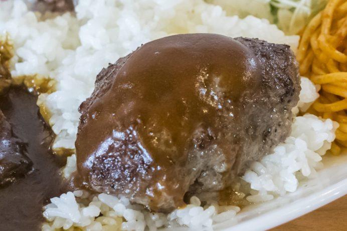 お肉工房 梅桜亭(島原市中安徳町丁)、焼肉店の梅桜亭トルコライス