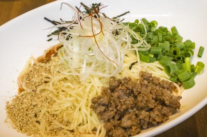 BABAKE(長崎市興善町)、ラーメン居酒屋の冷製汁なし担々麺