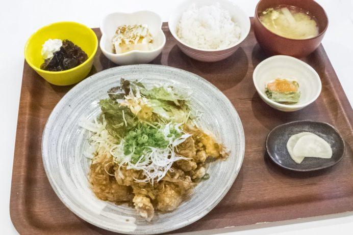 きりん食堂(諫早市八坂町)の唐揚げ定食
