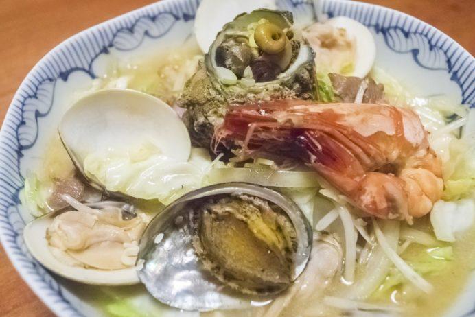 活いか料理専門 一魚一会(佐世保市針尾東町、西海橋そば)の西海海鮮ちゃんぽん