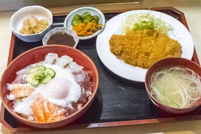 お食事処 海山(西海市大島町間瀬)、あぶり丼(さいかい丼、西海丼)
