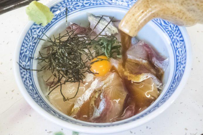 みなとの食堂ひろ(西海市西海町太田和郷)、高級魚シマ鯵どん丼(西海丼、さいかい丼)
